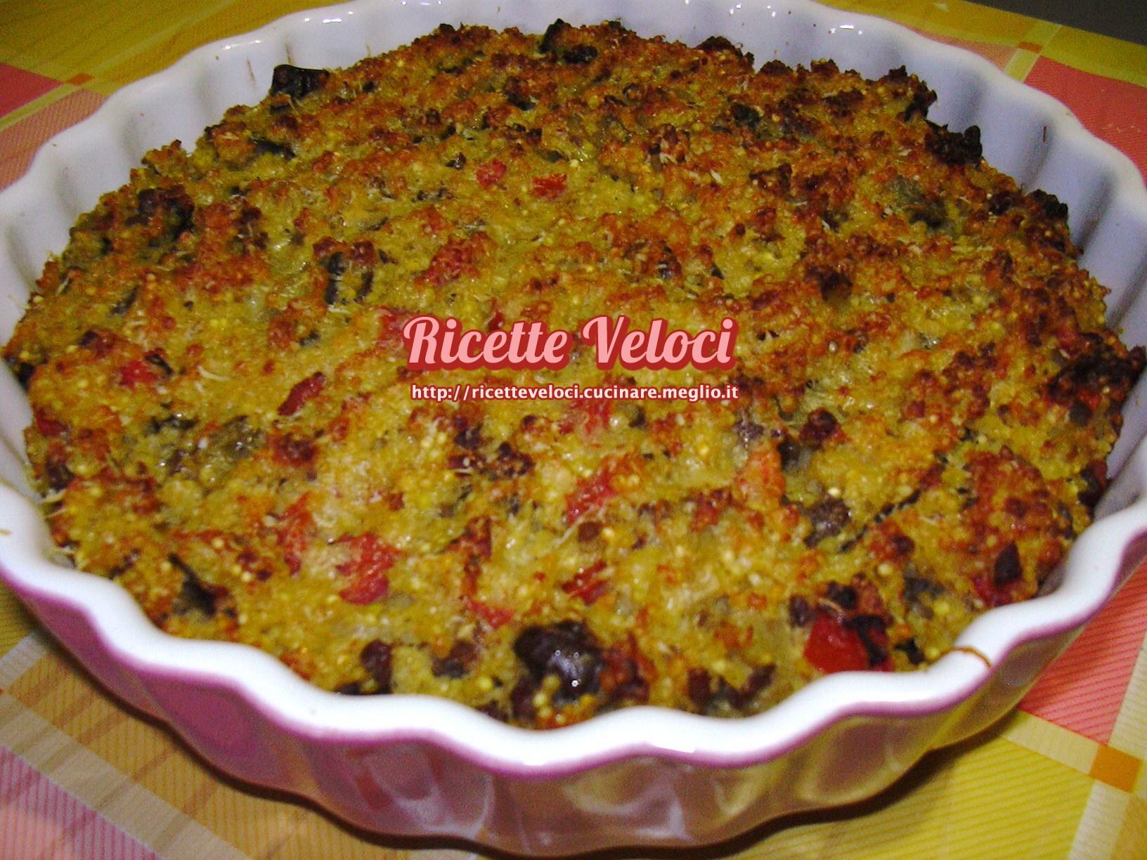 Tortino di miglio con melanzane salsiccia e pomodoro for Cucinare miglio