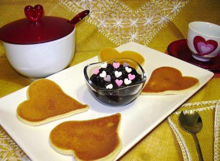 Crepes con salsa al cioccolato