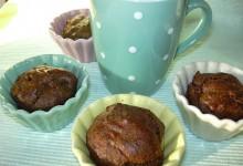 Muffin di grano saraceno con bacche di goji e mela