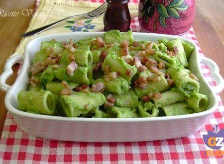 Mezze maniche con crema di broccoletti e pancetta croccante