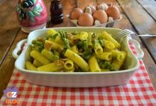 Tortiglioni con uova, asparagi e speck