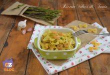 Farfalle con asparagi selvatici e gamberetti