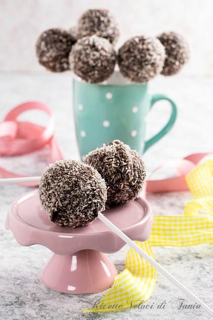 Cake pops di cocco e zenzero
