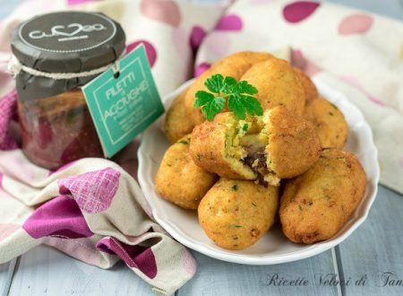Crocchette di patate con acciughe