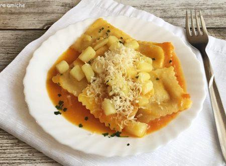 Ravioli con crema di zucca e patate