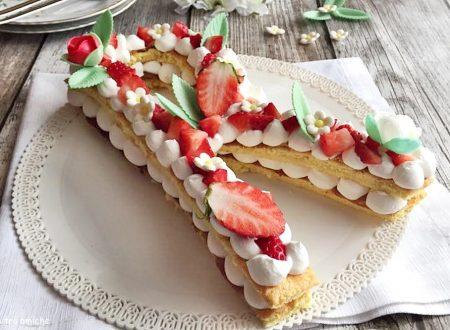 Cream tart cake | Alphabet cake
