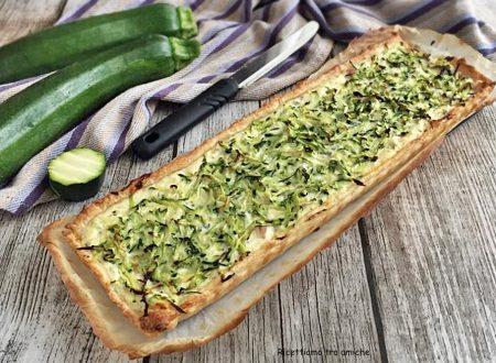 Torta salata con zucchine ricotta e prosciutto cotto