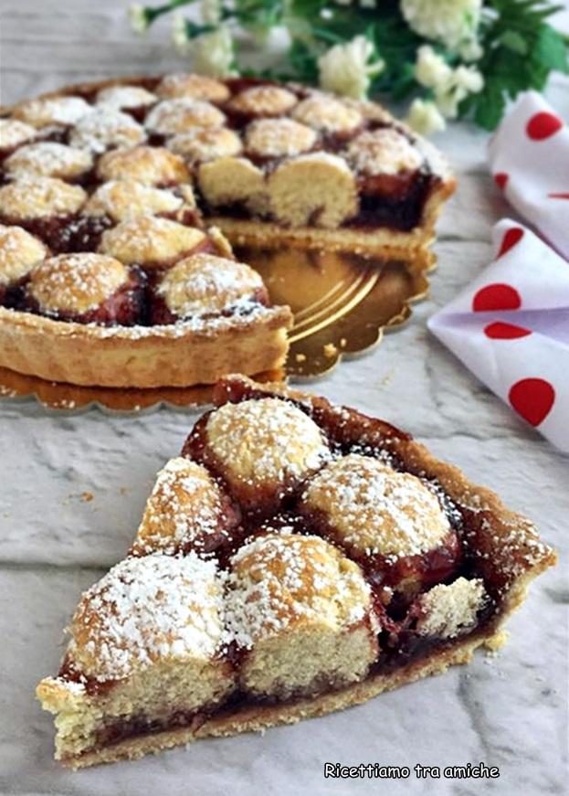 Crostata di ricotta e confettura di ciliegie