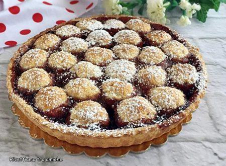 Crostata con confettura di ciliegie