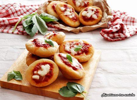 Pizzette di pasta cresciuta
