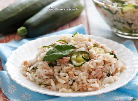 Insalata di riso zucchine e tonno