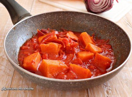 Zucca al pomodoro in padella