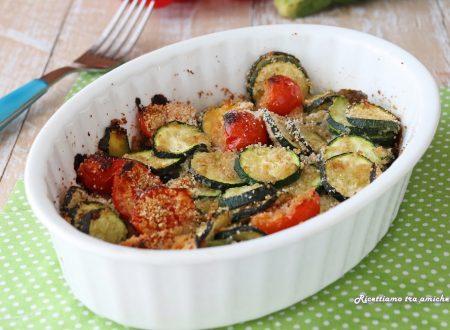 Contorno di zucchine e pomodorini sabbiosi al forno