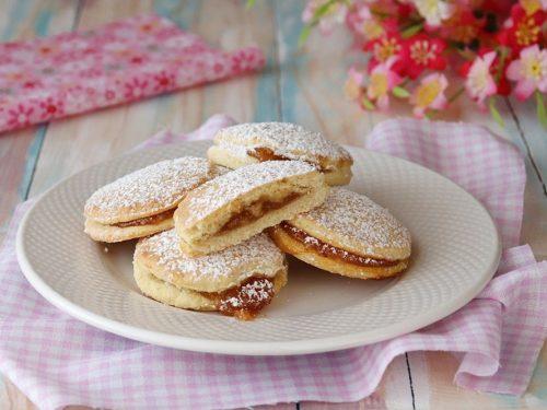 Biscotti con marmellata di fichi – con frolla all'olio