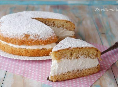 Torta soffice paradiso con crema al latte