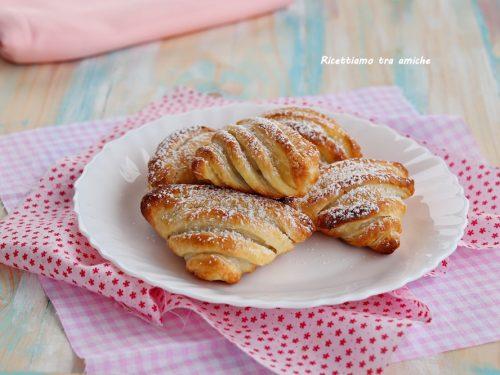 Conchiglie di pasta sfoglia alla nutella