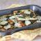 Pizza con cime di rapa salsiccia e mozzarella