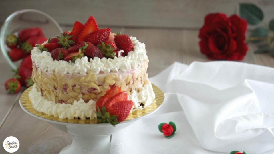 torta tiramisu' alle fragole