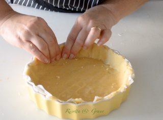 Torta sbriciolata con crema pasticcera