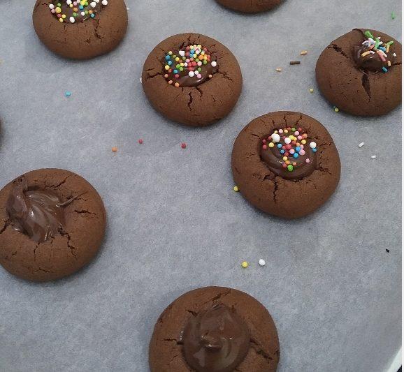 Biscottini alla crema di nocciola