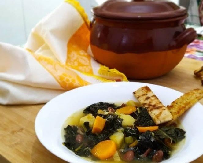Zuppa con cavolo nero alla toscana