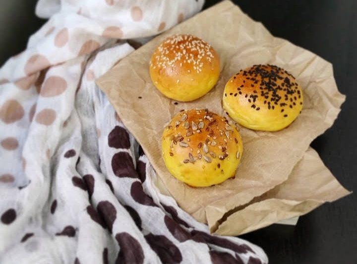 Mini burger buns, soffici e leggeri come al fast food ma fatti in casa!