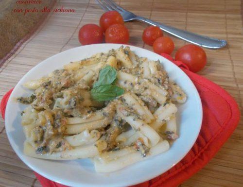 Casarecce con pesto alla siciliana