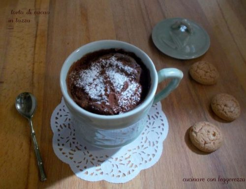 Torta di cacao in tazza