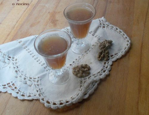 Liquore alle noci – Nocino