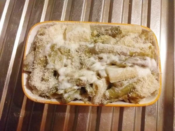 Pasta con asparagi al forno