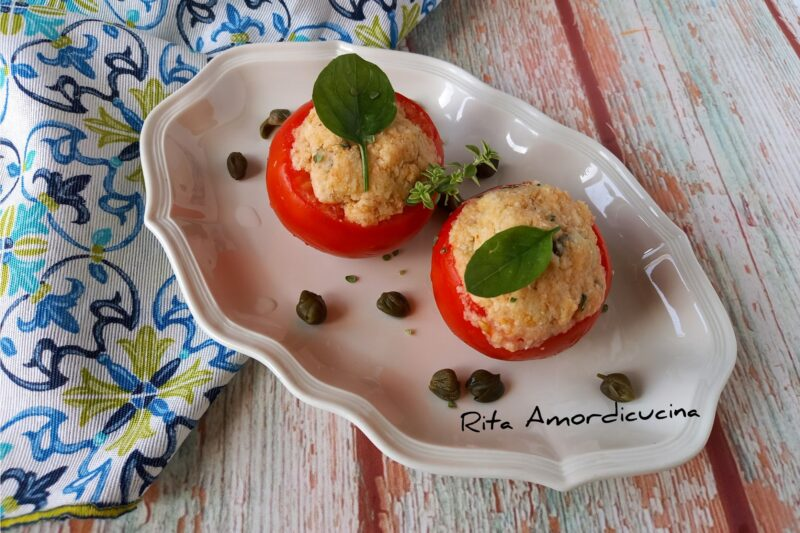 Pomodori ripieni con Pappa al pomodoro