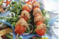 Spiedini di pomodorini e polpettine di pesce
