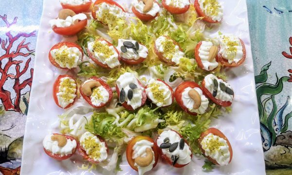 Pomodorini in festa finger food