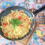 Zuppa di ceci con spaghetti di zucchine
