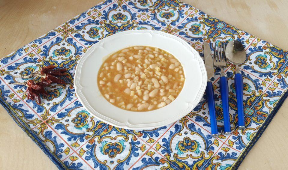 Fagioli cannellini risottati con la pasta
