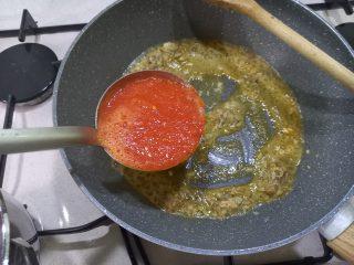 Spaghetti con polpa di granchio di mare