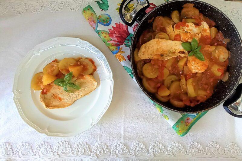 Pollo con zucchina lunga siciliana