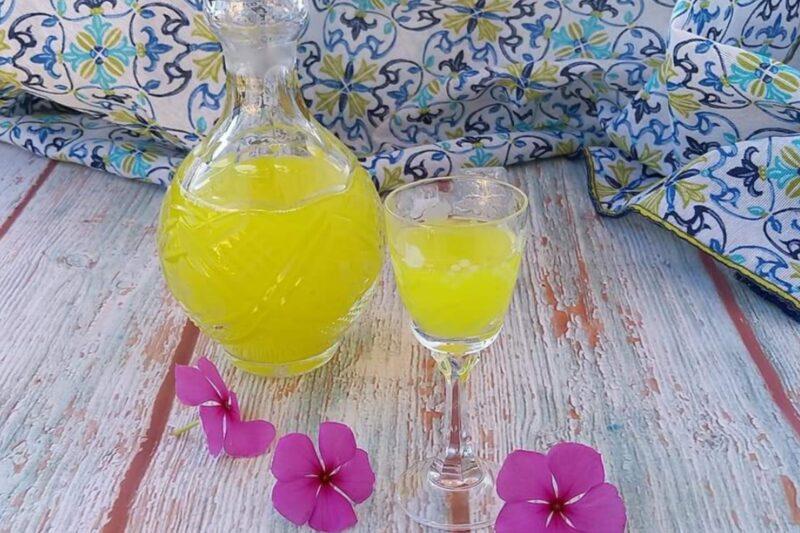 Il limoncello con limoni siciliani dei Nebrodi
