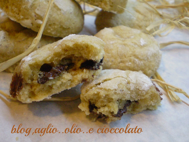 biscotti al caffe' con cioccolato fondente