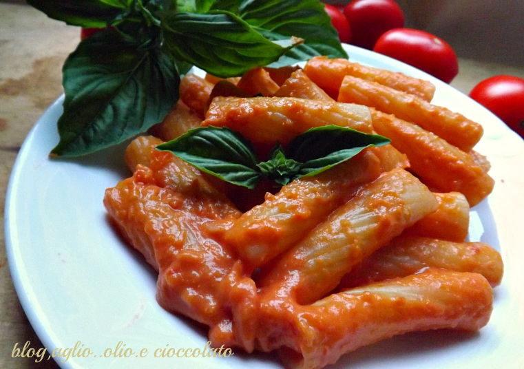 pasta con la salsa cremosa
