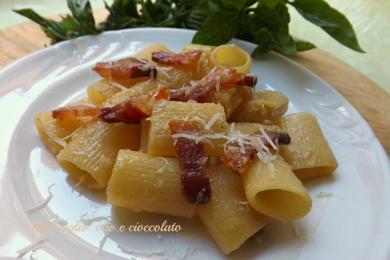 Pasta alla gricia for Cibo tipico romano