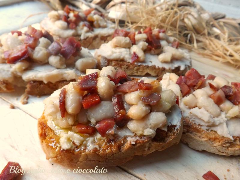 Crostini Fagioli e Pancetta