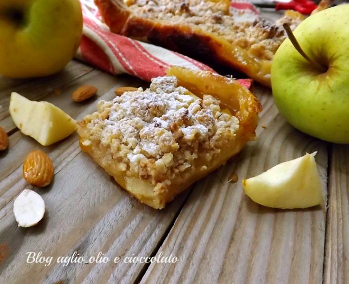 Torta sfogliata mele e streusel