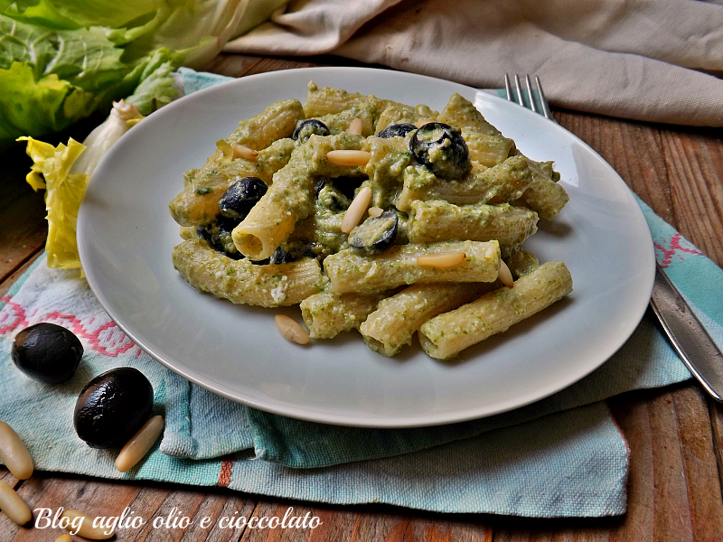 pasta con pesto di scarola e olive