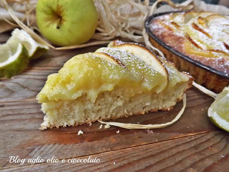 crostata morbida con crema al limone e mele