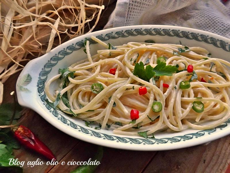 pasta acciughe e gorgonzola