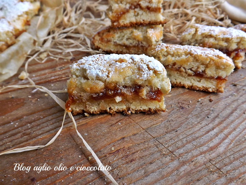 biscotti molleux con marmellata