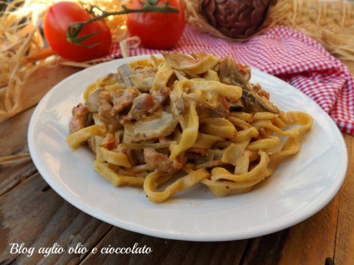 Pasta con Ragu' di Carciofi e Salsiccia