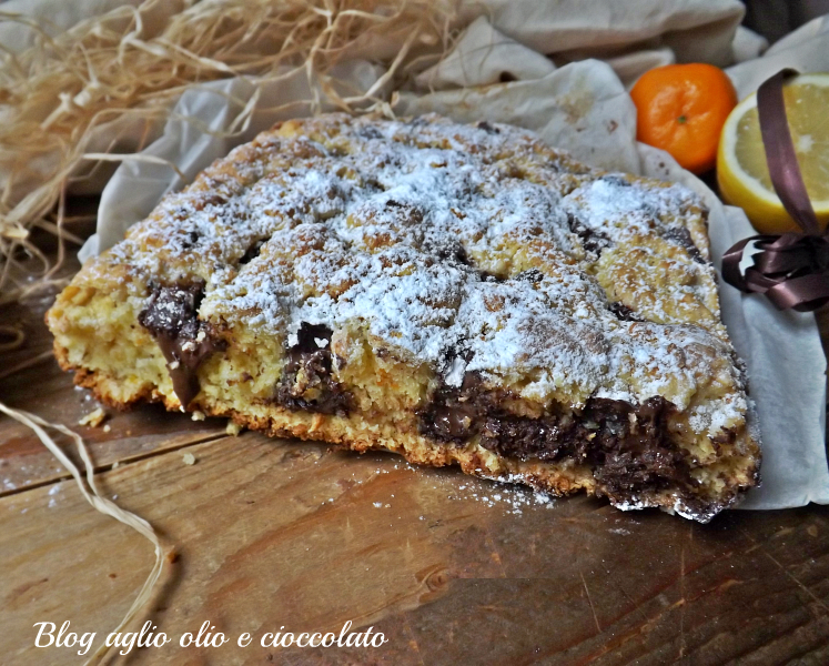 schiaccita rustica cioccolato e agrumi