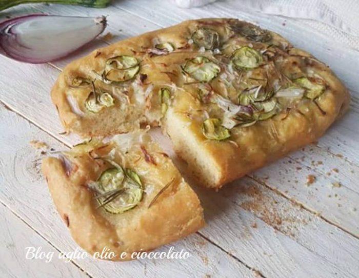 Focaccia con Cipolle e Zucchine
